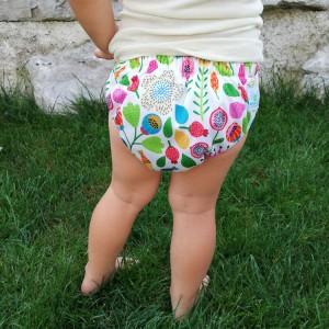 Blümchen Trainerhose am Baby